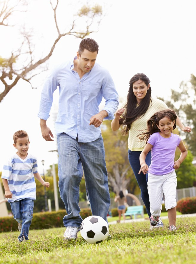 shutterstock_290576897 it takes guts family at play